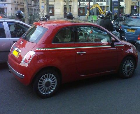 Galerie photo for Decoration murale fiat 500